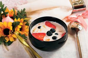Овсяный суп с фруктами